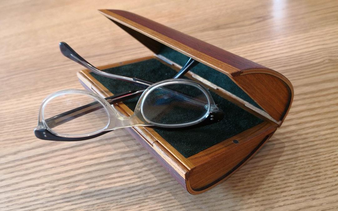 Referenzbild von einen Holzbrillentui